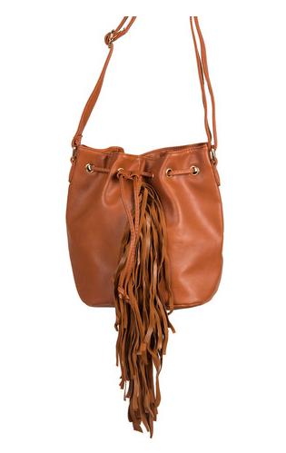 2020Ave-Fringe-Handbag-OnGiselleAve