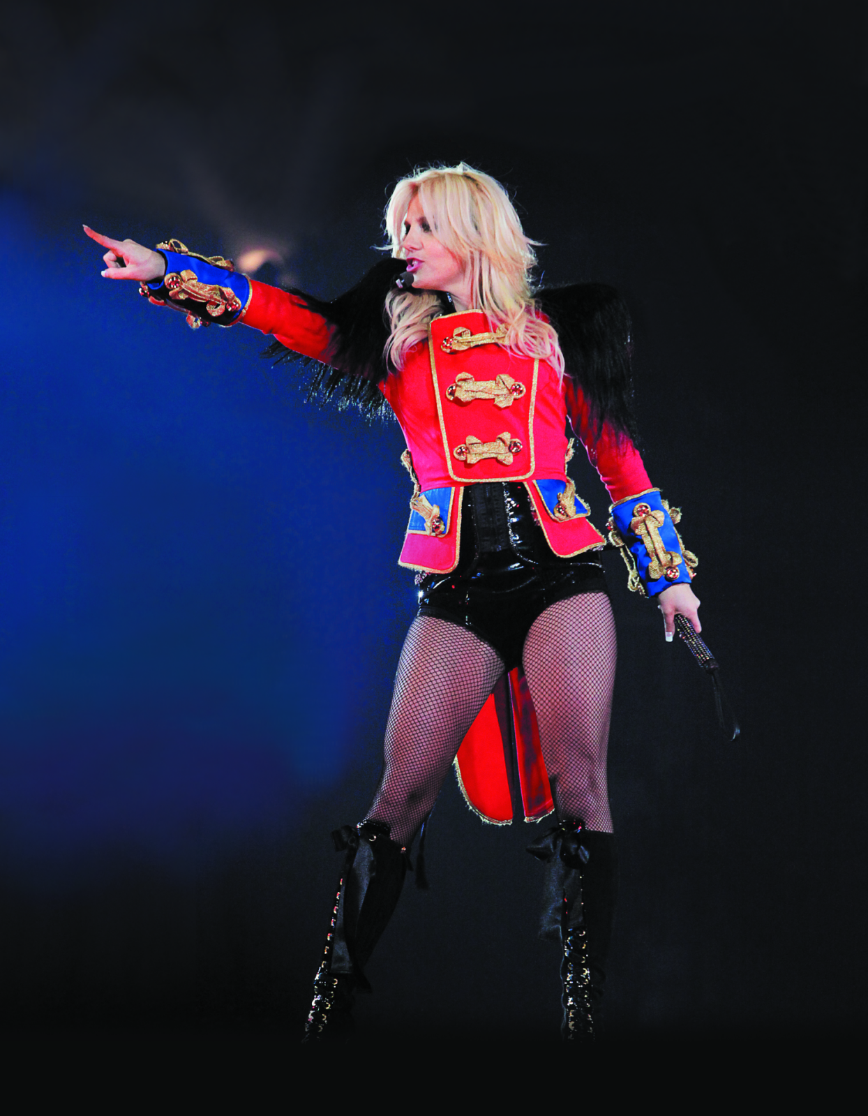 Your Favorite Live Performance Outfits Britney Spears Breatheheavy Exhale