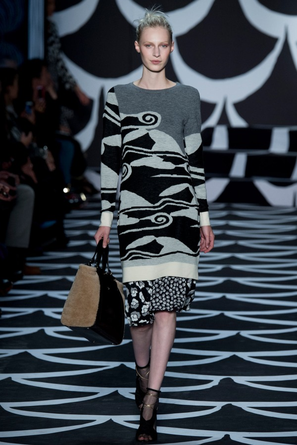 Diane-von-Furstenberg-Fall-2014-Sweatshirt-Style-OnGiselleAve