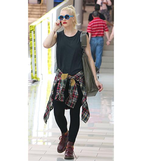 Gwen-Stefani-Grunge-Era-Halloween-Costume-Idea-OnGiselleAve