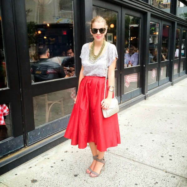 Chic-Burrow-Midi-Skirt-Style-Trend-Fashion-OnGiselleAve