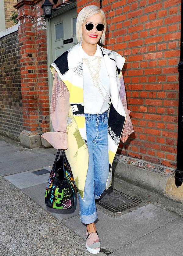 Rita-Ora-Blanket-Coat-Outerwear-Trend-Fashion-OnGiselleAve