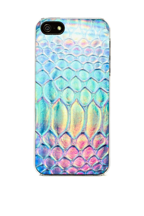 Holiday-Gift-Idea-Nasty-Gal-iPhone-Protective-Case-Tech-OnGiselleAve