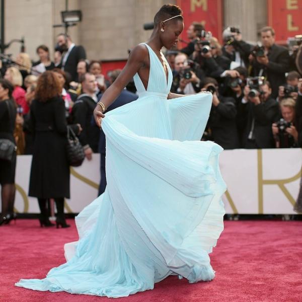 Lupita-Nyongo-Prada-Academy-Awards-2014-Fashion-Moments-OnGiselleAve2