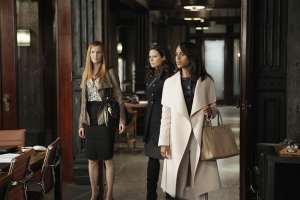Scandal-Olivia-Pope-Tan-Handbag-Fashion-OnGiselleAvenue