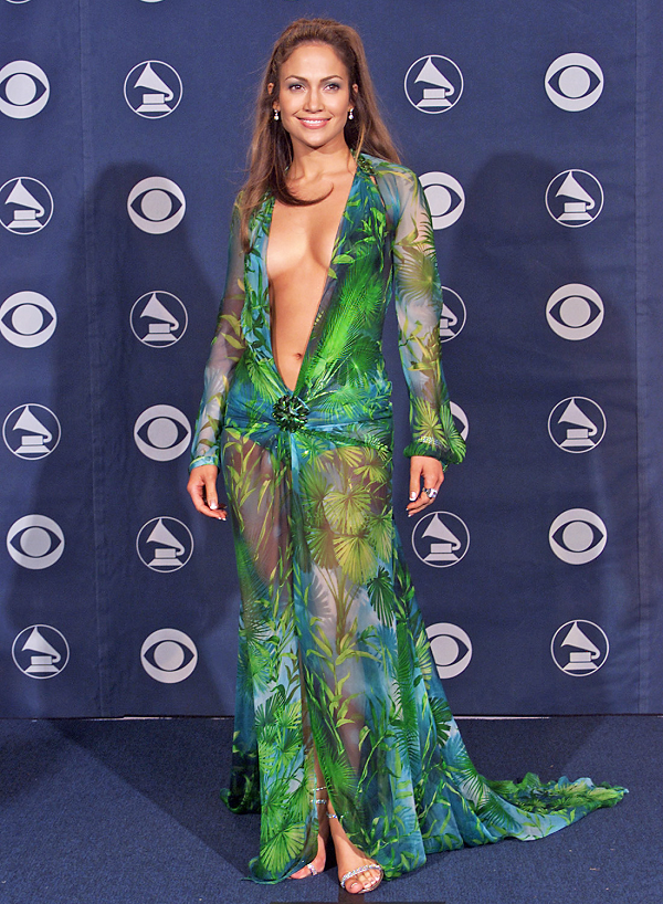 Jennifer-Lopez-Green-Floral-Versace-Dress-Plunging-Neckline-Grammy-Awards-2000-OnGiselleAve