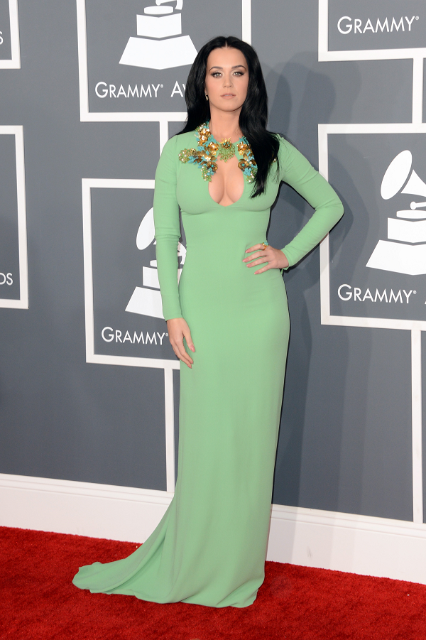 Katy-Perry-Mint-Green-Gucci-Dress-Floral-Embellishments-Grammy-Awards-2013-OnGiselleAve