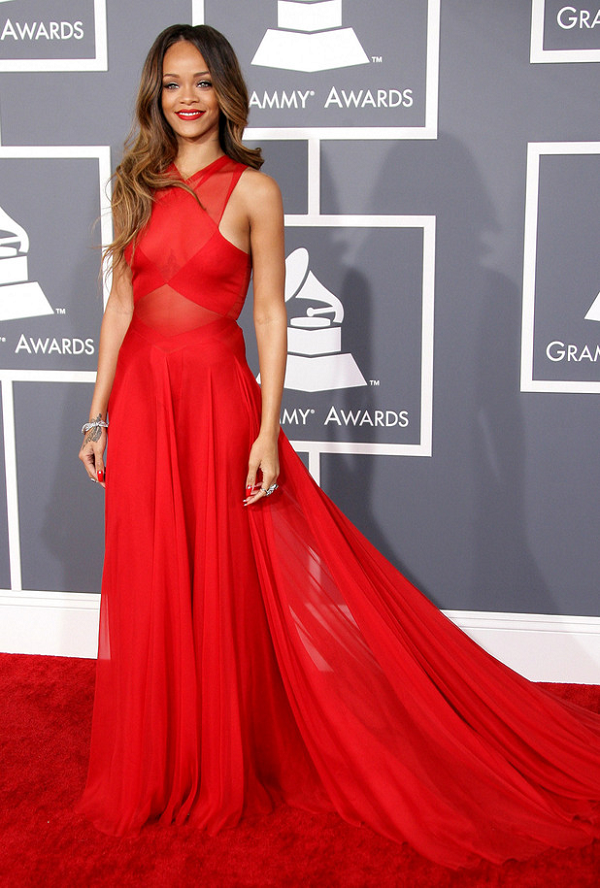 Rihanna-Flowing-Red-Chiffon-Azzedine-Alaia-Gown-Grammy-Awards-2013-OnGiselleAve