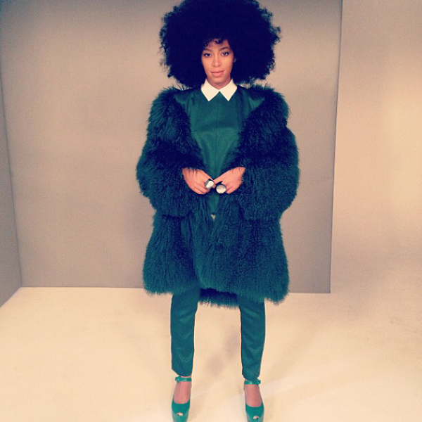 Solange-Knowles-Style-Monochromatic-Ensemble-Olive-Green-Fur-Separates-Fashion-OnGiselleAve