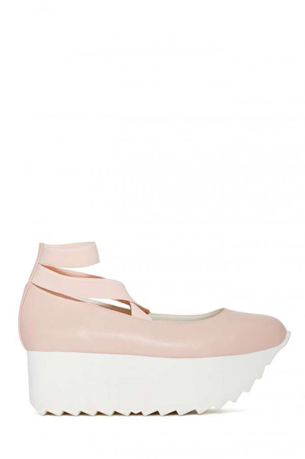 Footwear-Nasty-Gal-Bella-Flatforms-Fashion-OnGiselleAve