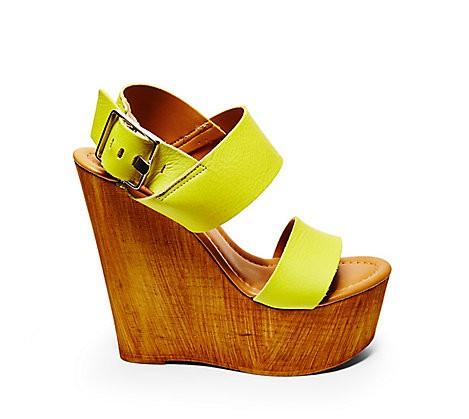 Footwear-Steve-Madden-Platform-Wedges-Fashion-OnGiselleAve