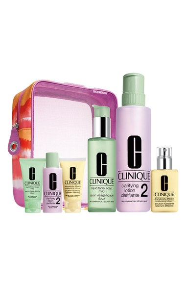 Clinique-Beauty-Set-Mothers-Day-Gift-Ideas-OnGiselleAve