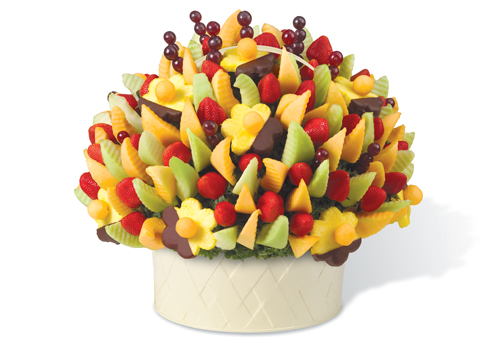 Edible-Arrangement-Mothers-Day-Gift-Idea-Food-Sweet-OnGiselleAve