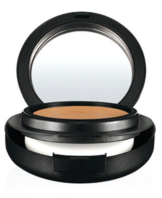 MAC-Mineralize-Foundation-Beauty-Product-OnGiselleAve