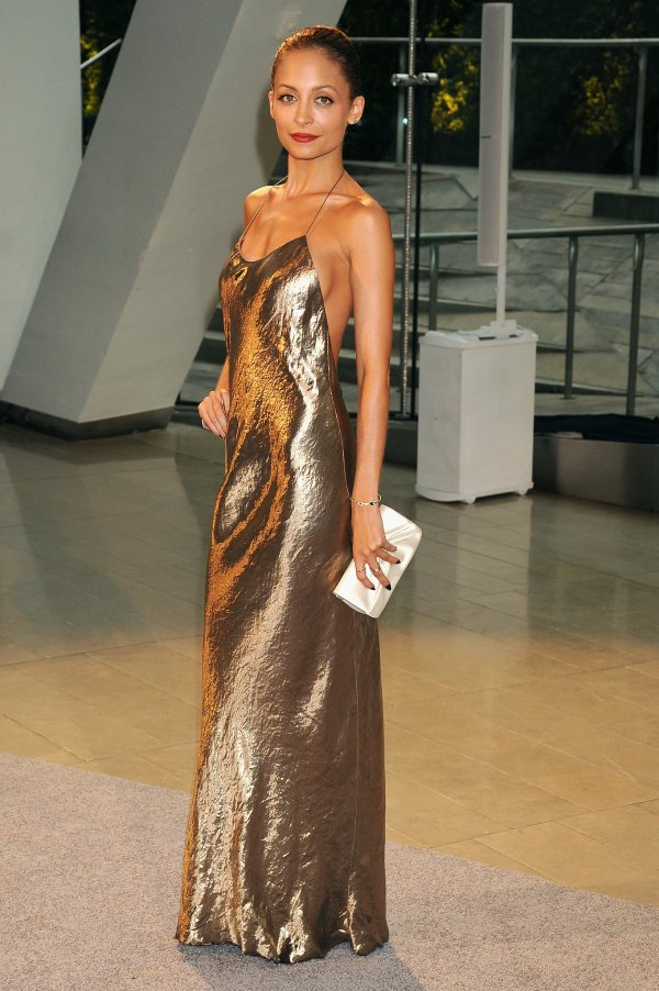 Nicole-Richie-Marc-Jacobs-CFDA-Awards-Best-Dressed-Fashion-OnGiselleAve