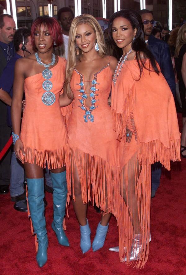 Destinys-Child-MTV-Video-Music-Awards-2001-Fashion-OnGiselleAve