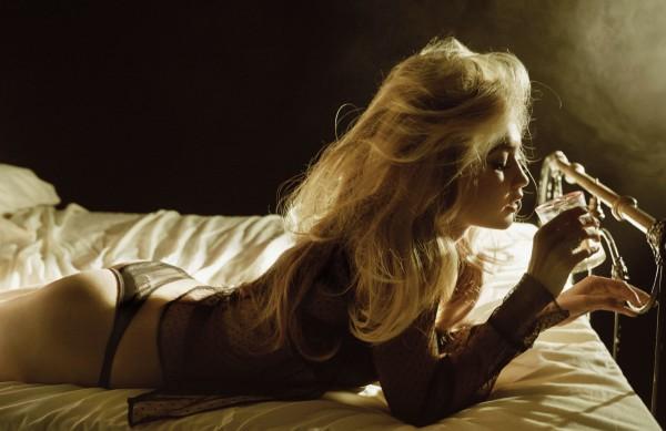 Gigi-Hadid-W-Magazine-Cover-September-2015-Fashion-OnGiselleAve6