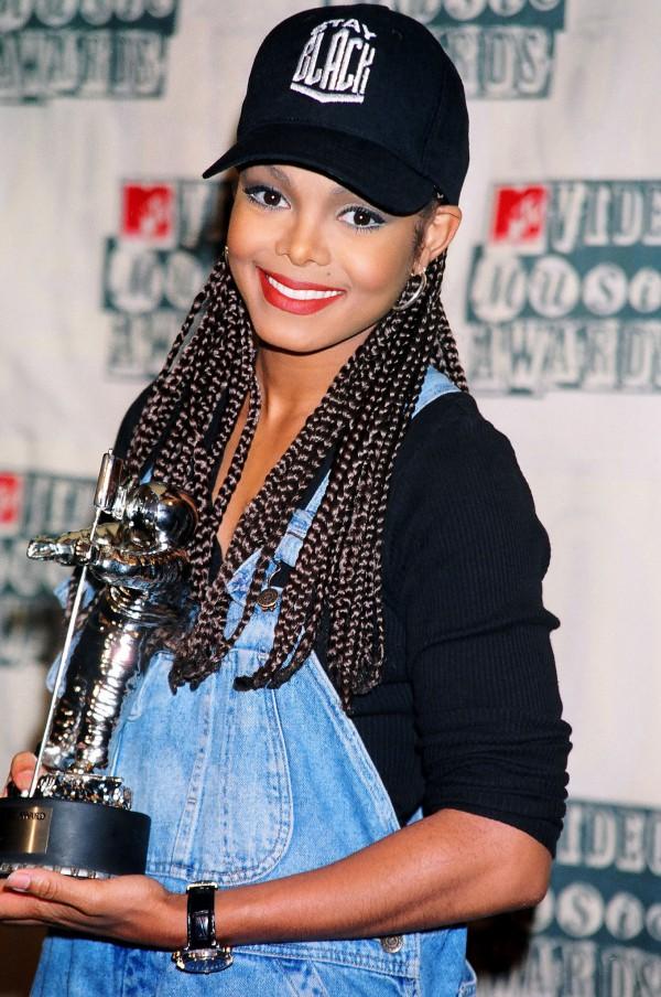 Janet-Jackson-MTV-Video-Music-Awards-1994-Fashion-OnGiselleAve
