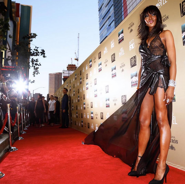 Naomi-Campbell-American-Horror-Story-Premiere-Versace-Fashion-OnGiselleAve