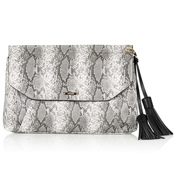 Topshop-Tassle-Envelope-Clutch-Fashion-OnGiselleAve