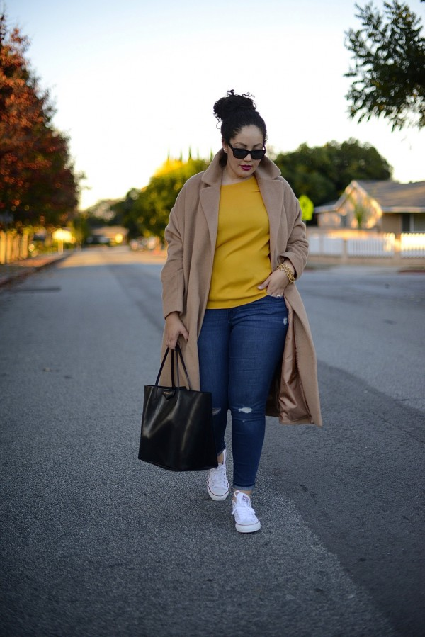 Girl-With-Curves-Camel-Coat-Yellow-Sweater-Denim-Fashion-OnGiselleAve