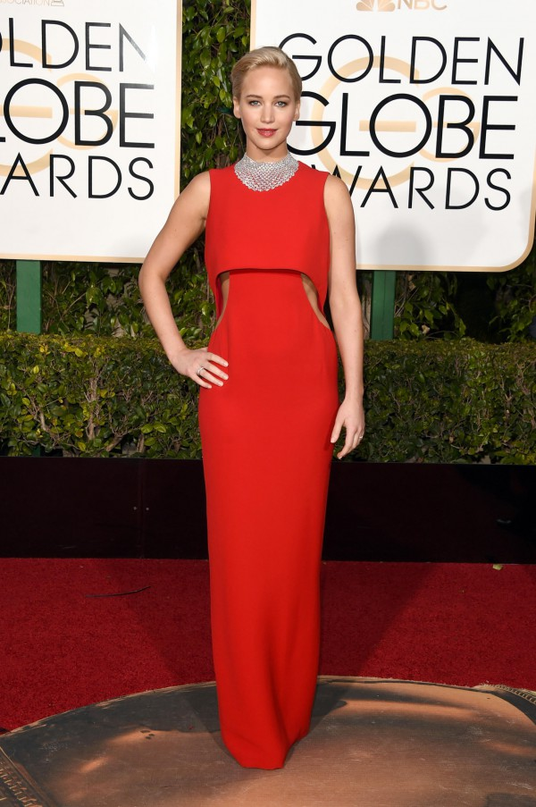 Jennifer-Lawrence-Dior-Golden-Globes-Fashion-OnGiselleAve