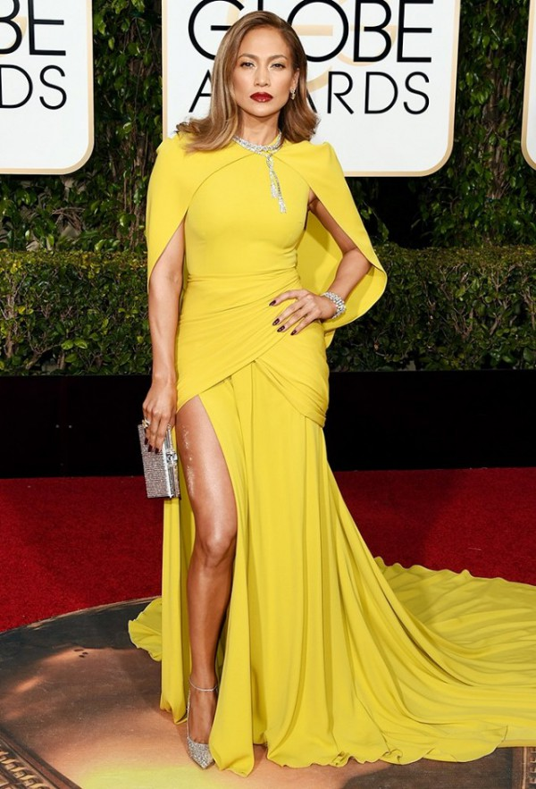 Jennifer-Lopez-Giambattista-Valli-Golden-Globes-Fashion-OnGiselleAve