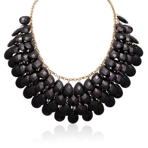 Crystal-Statement-Necklace-Fashion-OnGiselleAve