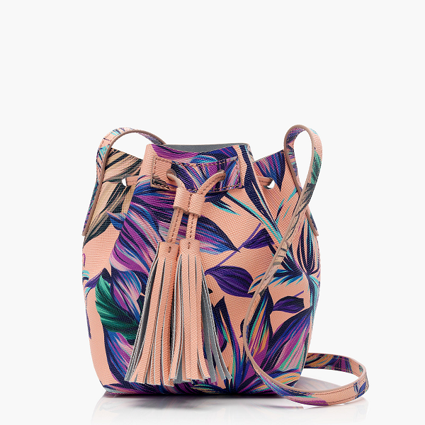 Floral-Bucket-Bag-Fashion-OnGiselleAve