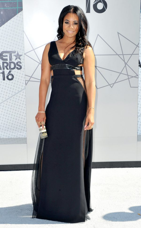 Regina-Hall-Cut-Out-Maxi-Dress-BET-Awards-Fashion-OnGiselleAve
