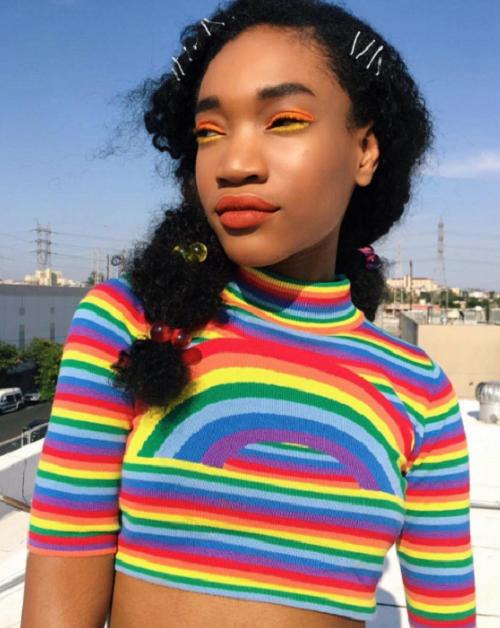Rainbow-Eyeliner-Dewy-Skin-Black-Beauty-Looks-OnGiselleAve